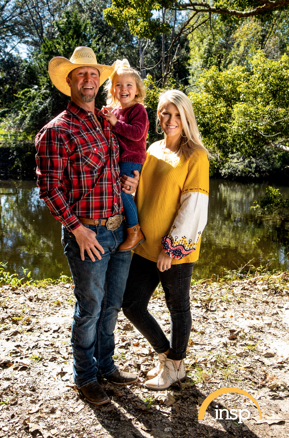 """The Cowboy Way"" star Bubba Thompson and his wife Kaley pose with their kids. 