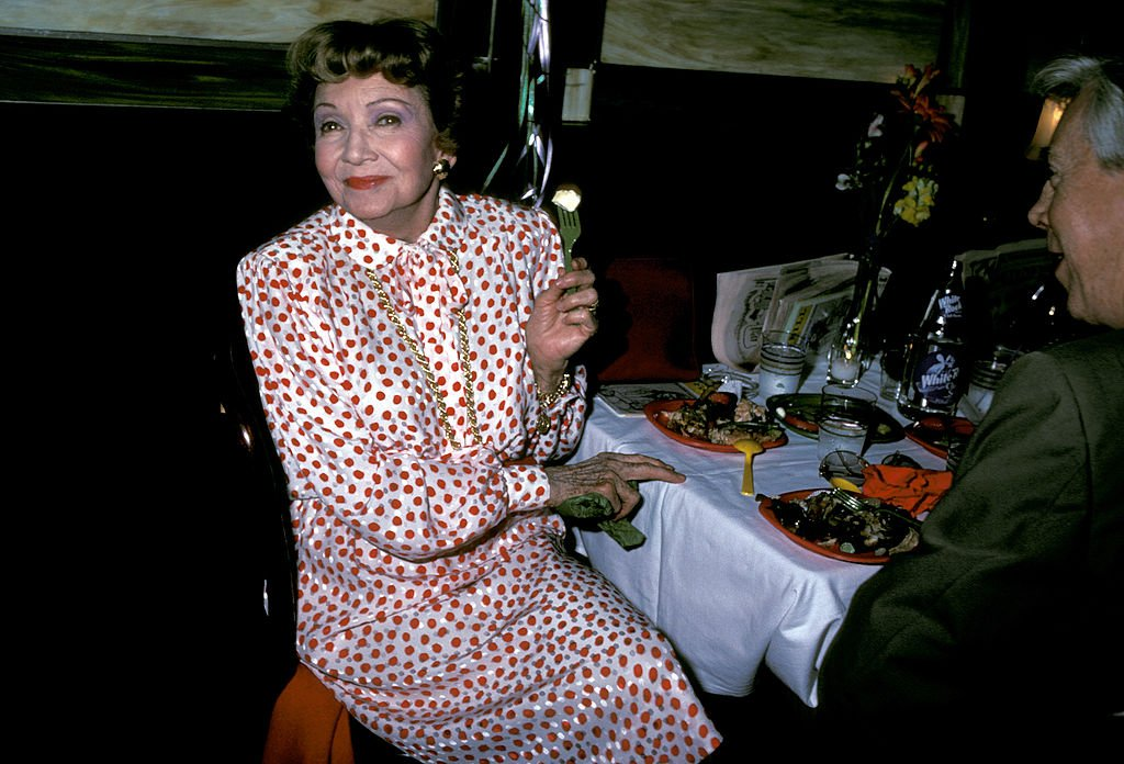 Claudette Colbert at Shubert Alley in New York City, New York, United States circa 1983 | Photo: Getty Images