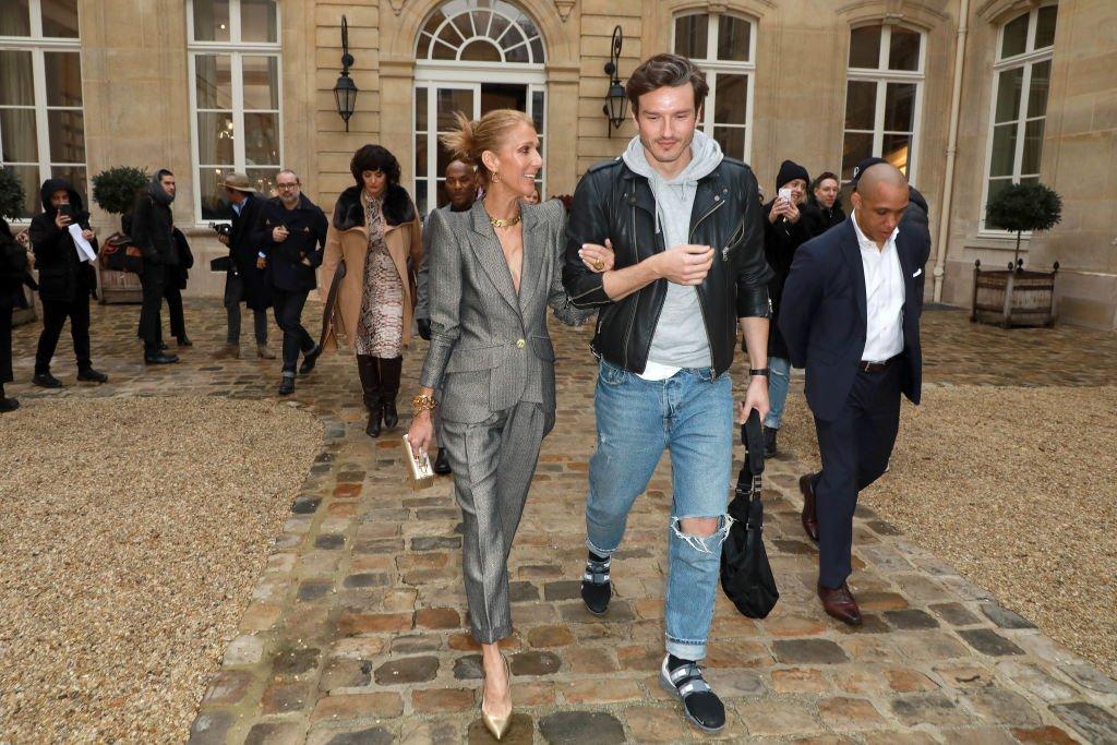 Céline Dion y Pepe Muñoz asisten al show RVDK de Ronald Van Der Kemp.| Fuente: Getty Images