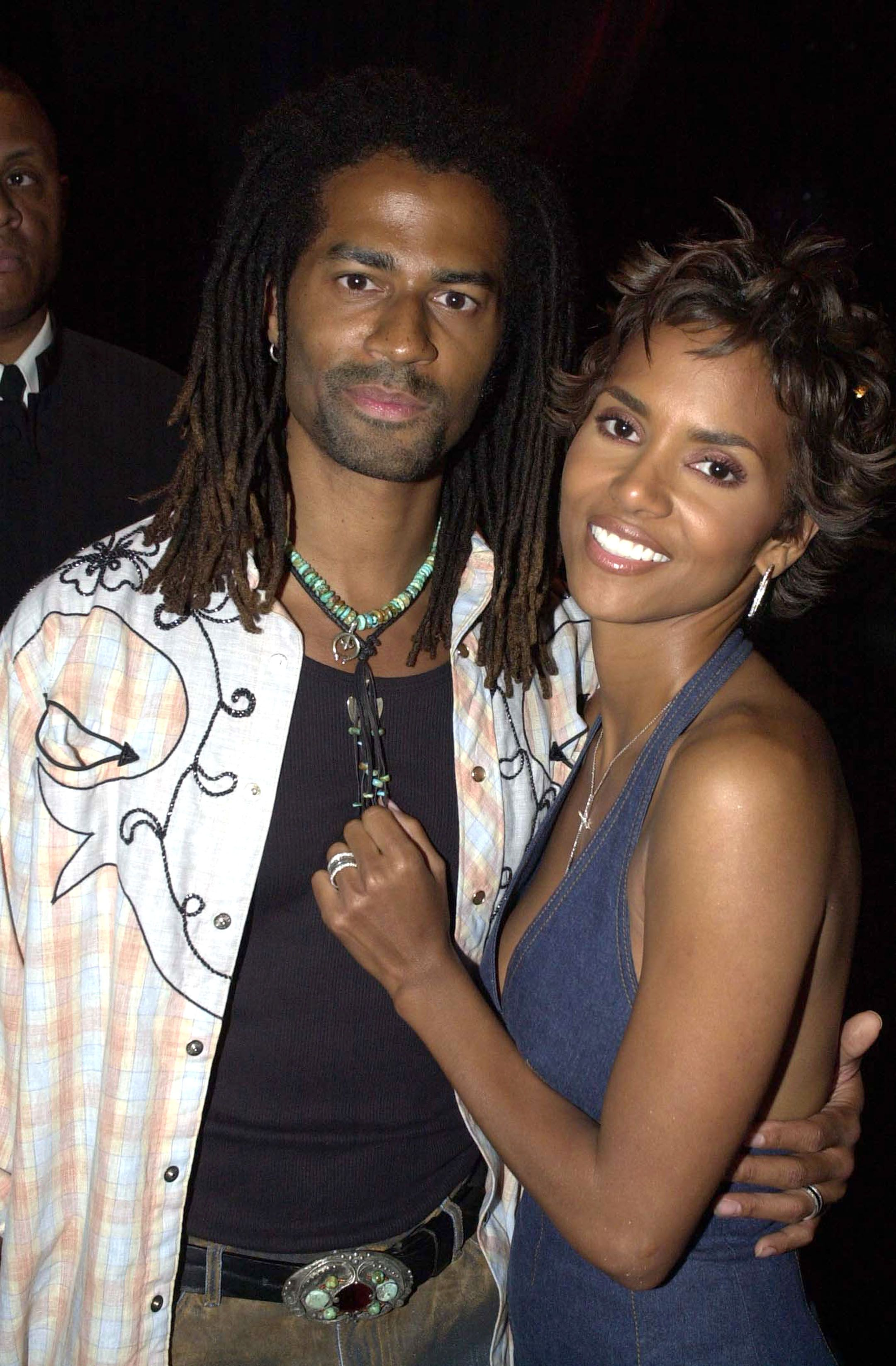 Halle Berry with ex-husband Eric Benet at an event | Source: Getty Images