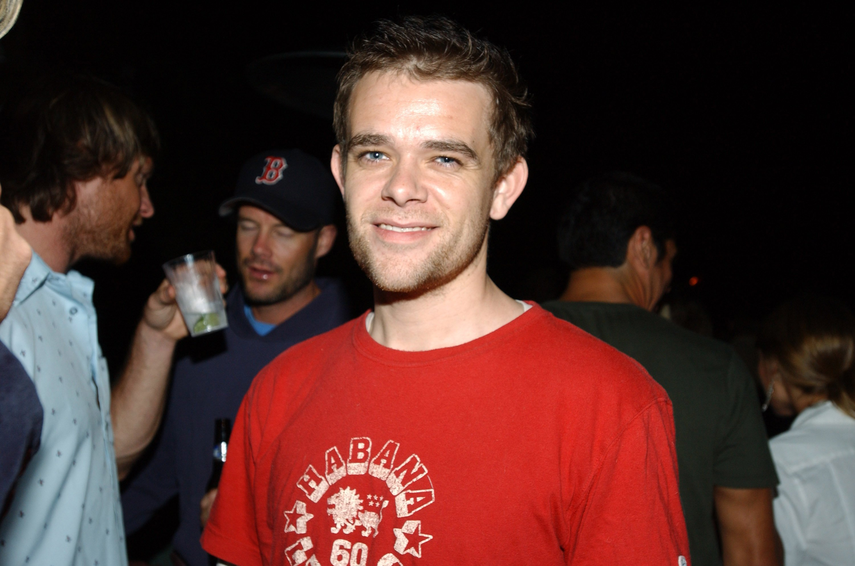 An undated photo of child star actor Nick Stahl in a red T-shirt | Photo: Getty Images