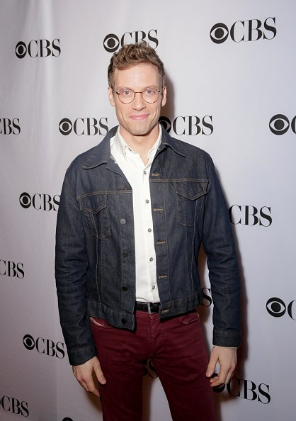 Barrett Foa at the CBS Diversity Sketch Comedy Showcase held in Los Angeles at the El Portal Theatre | Photo: Getty Images
