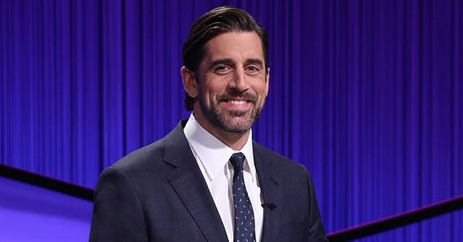 NFL Star Aaron Rodgers Looks Ready for His 2-Week Stint as the Host of 'Jeopardy!'