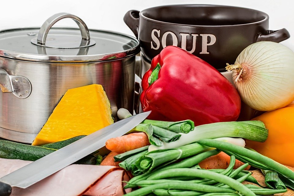 A photo of ingredients of soup set on the counter ready to be cooked. | Photo: Pixabay