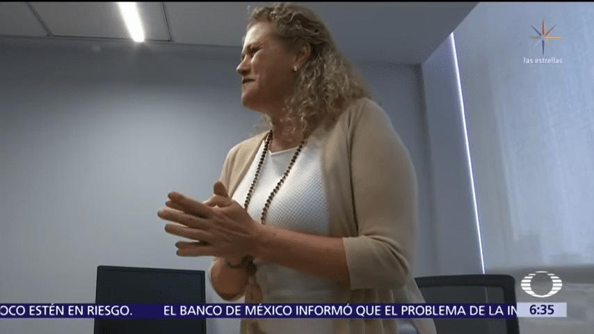 Isode celebra su lucha. │Imagen tomada de: YouTube / Noticiero Televisa