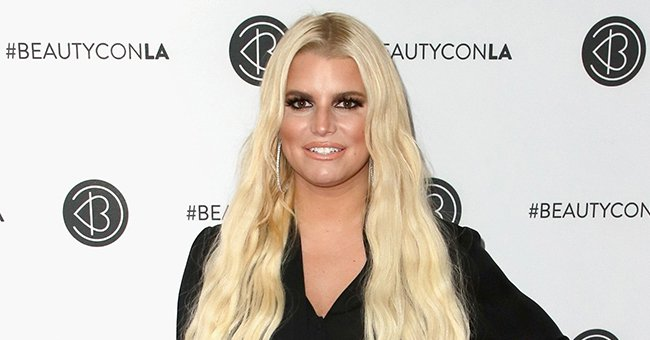 Jessica Simpson, 40, Shows Drastic Weight Loss as She Flaunts Her Perfect Figure & Endless Legs