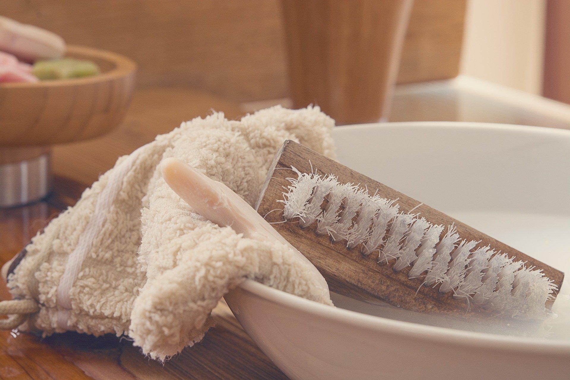 Instrumentos de limpieza. Fuente: Pixabay