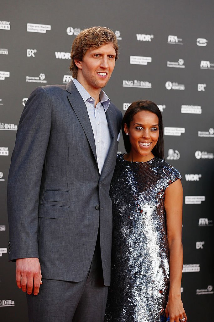 Dirk Nowitzki and his wife Jessica Nowitzki attend the premiere of the film 'Nowitzki. Der Perfekte Wurf' at Cinedom on September 16, 2014 | Photo: GettyImages