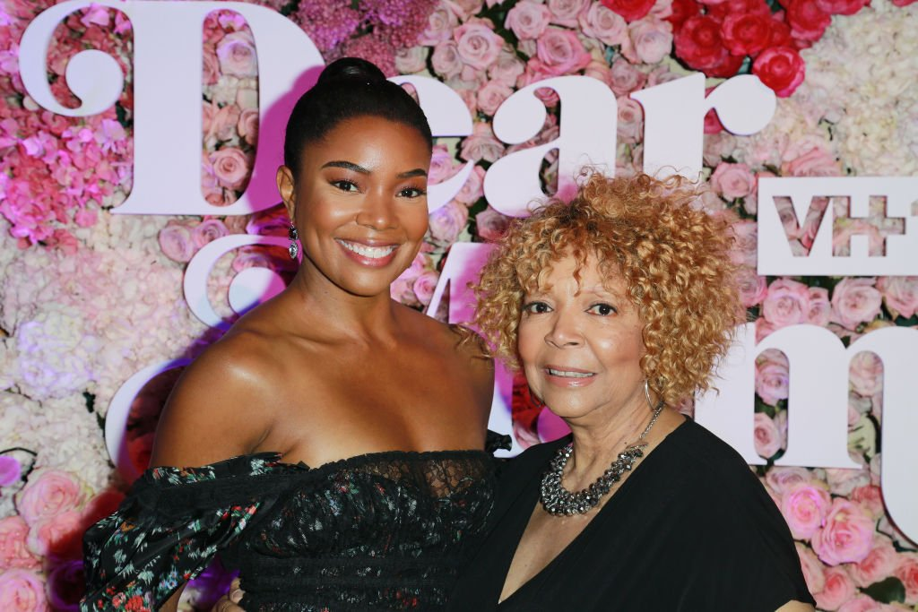 """Gabrielle Union and her mom attends the VH1's 3rd Annual """"Dear Mama: A Love Letter To Moms"""" - Cocktail Reception at The Theatre at Ace Hotel   Photo: Getty Images"""