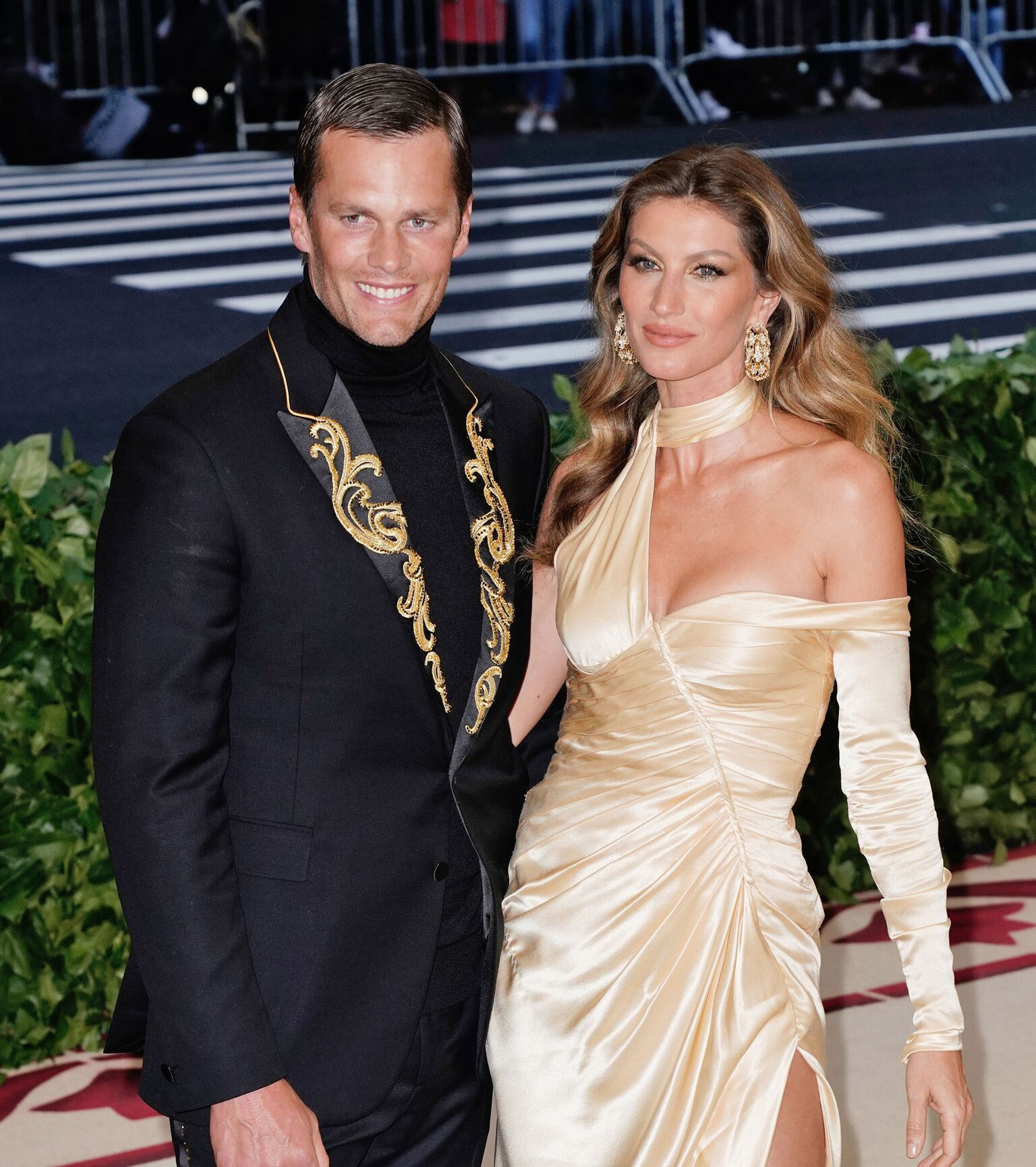 Gisele Bundchen and Tom Brady attend the Heavenly Bodies: Fashion & The Catholic Imagination Costume Institute Gala  | Getty Images
