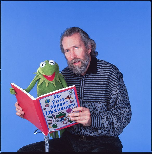 Jim Henson and one of his creations, Kermit the Frog, New York, New York, January 4, 1988 | Photo: Getty Images