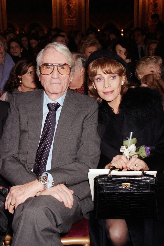 Gregory Peck and wife Veronique Peck attend the Balmain Haute Couture Spring/Summer 1996 show in Paris | Photo: Getty Images