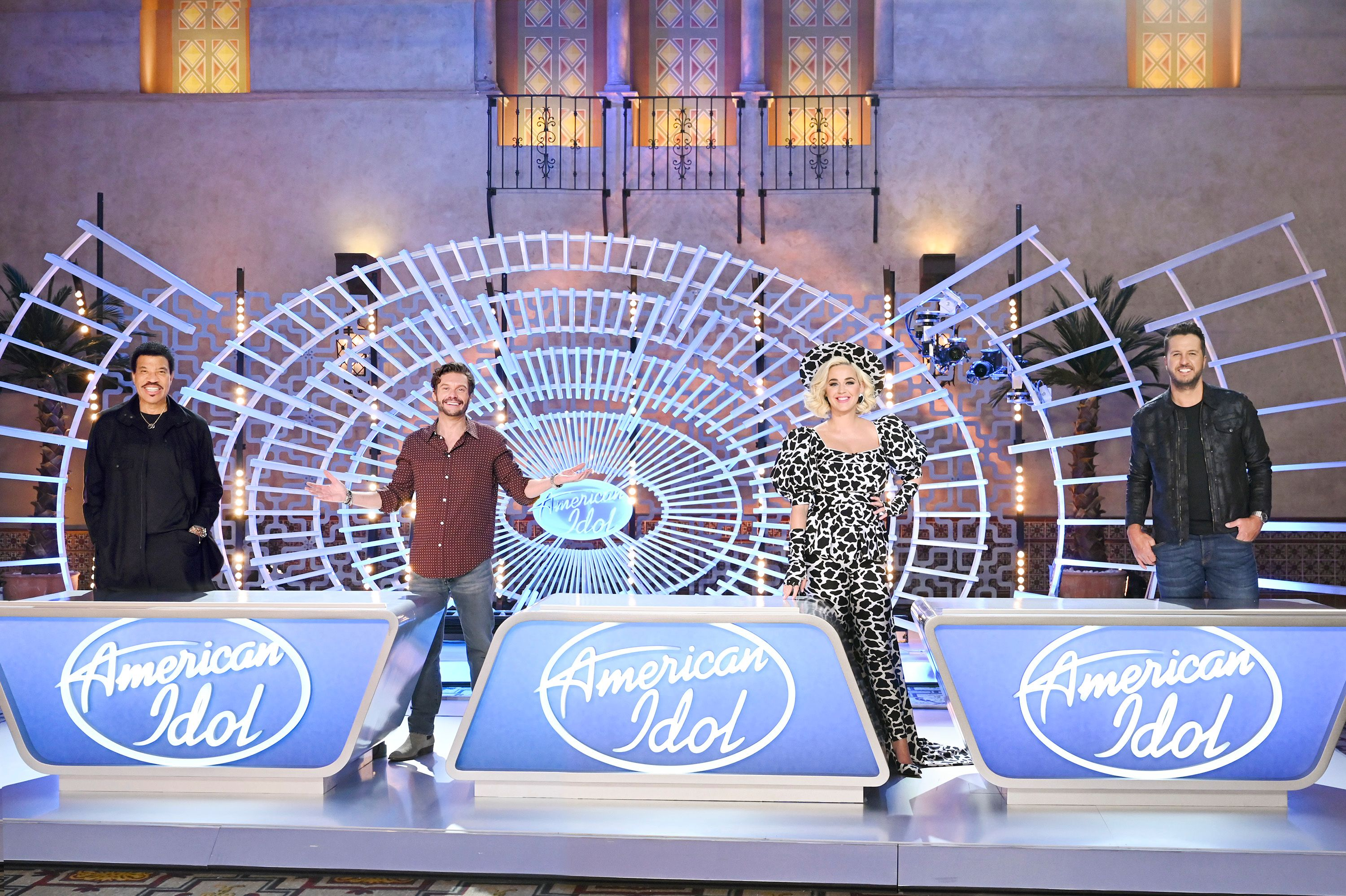 """Judges Luke Bryan, Katy Perry, and Lionel Richie, along withhost Ryan Seacrest on """"American Idol"""" on October 06, 2020  Photo: John Fleenor/Getty Images"""