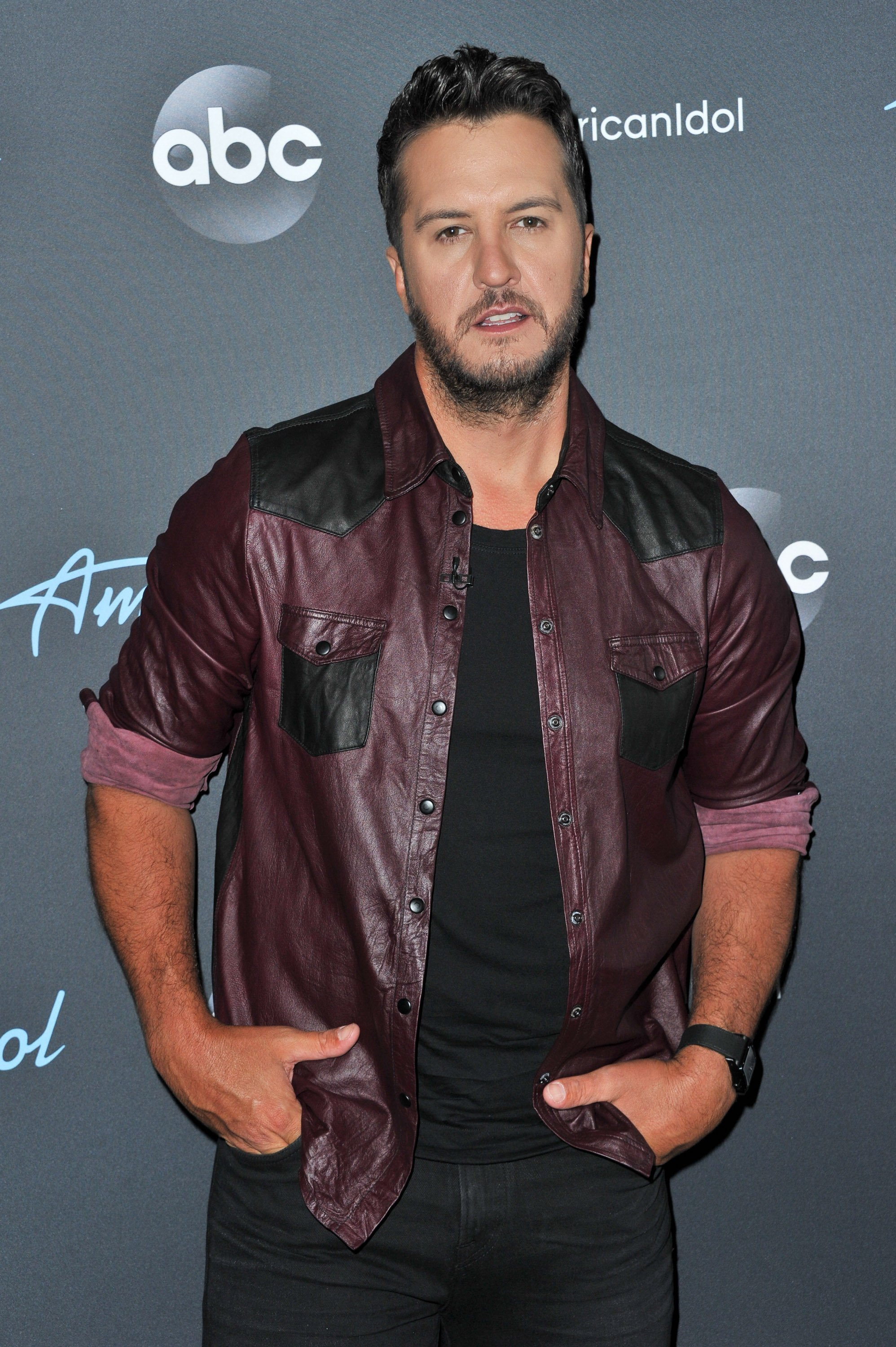 "Luke Bryan arrives at ABC's ""American Idol"" live show on May 05, 2019, in Los Angeles, California. 