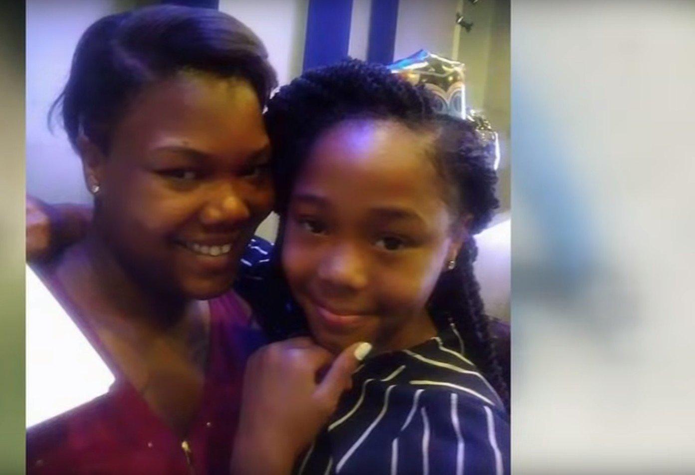 Mamie Jackson et sa fille Kashala. l Source: YouTube/ ABC13 Houston