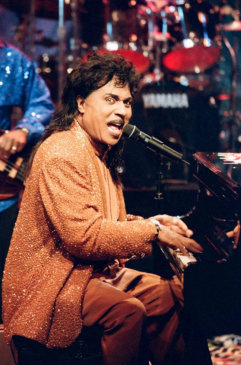 """Little Richard performs on """"The Tonight Show with Jay Leno"""" in December 1997. I Image: Getty Images."""