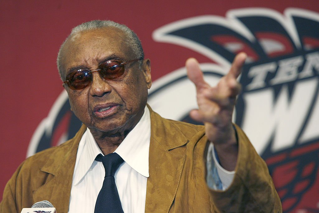 John Chaney during a press conference announcing his retirement at the Liacouras Center in Philadelphia, Pennsylvania on March 13, 2006.   Photo: Getty Images