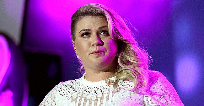 Kelly Clarkson Claps Back at Hater Who Spoke about Her Failed Marriage & Kids – See What the Singer Had to Say