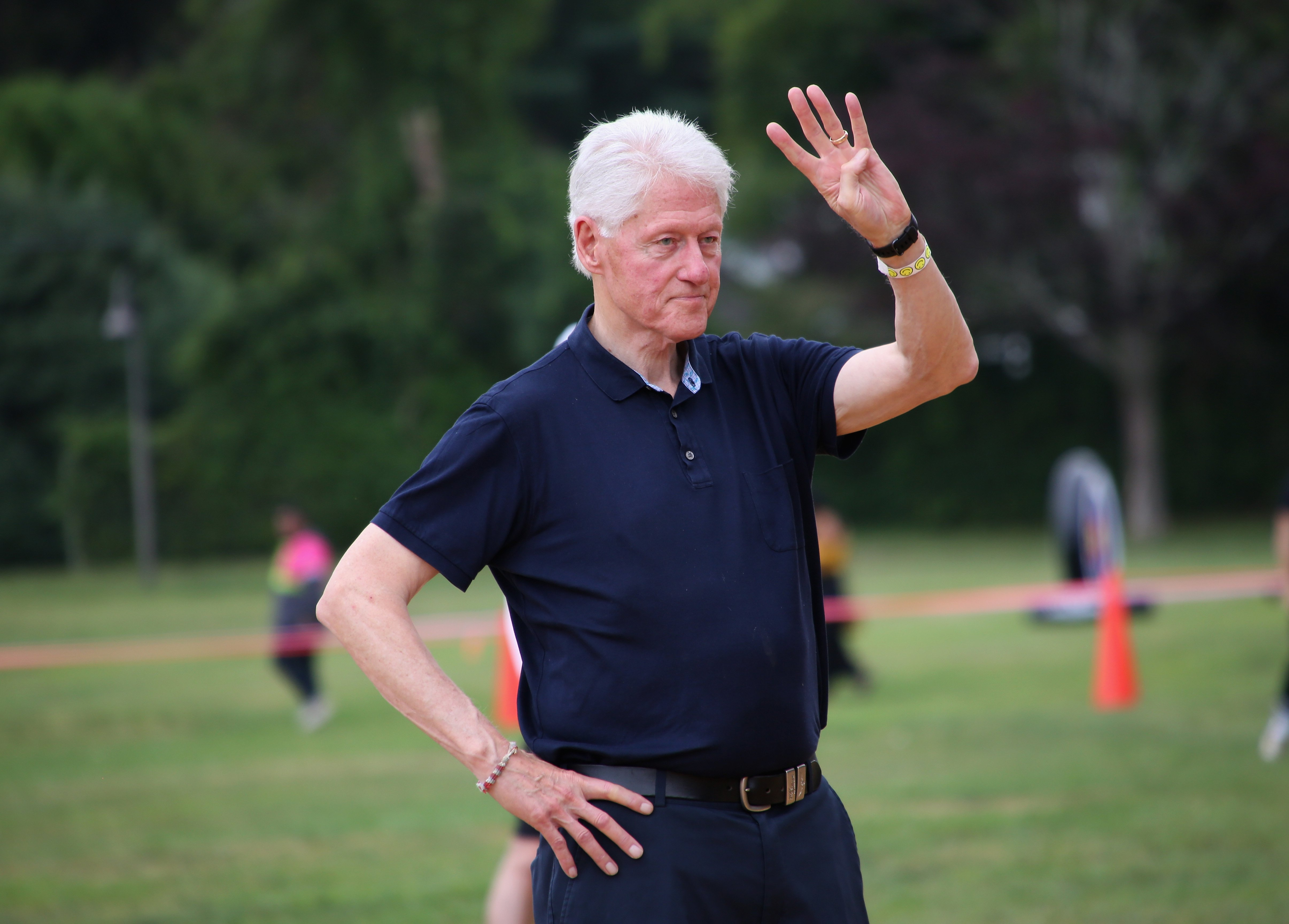 Bill Clinton at the 71st East Hampton Artists and Writers Charity Softball Game at Herrick Park on August 17, 2019 | Photo: Getty Images