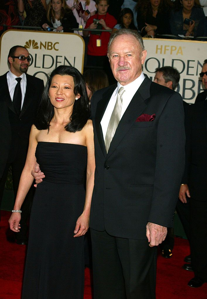 Gene Hackman & wife Betsy Arakawa at the Golden Globe Awards in 2003 in Beverly Hills, California | Source: Getty Images