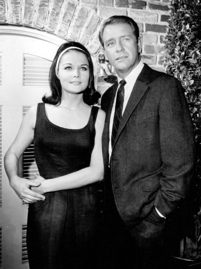 "Joan Blackman and Richard Crenna from the television program ""Slattery's People"" in 1965 