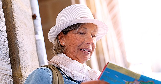Daily Joke: Retired Woman Travels around the Country Looking for Bargains