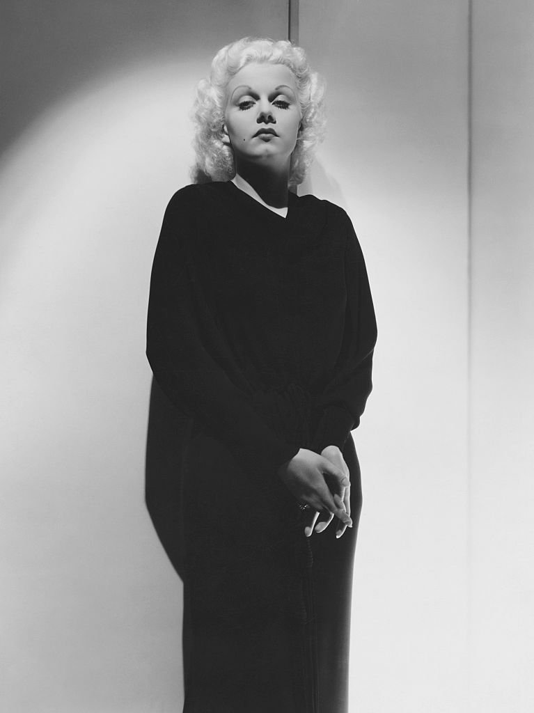 A portrait of Actress Jean Harlow on January 01, 1920   Photo: Getty Images