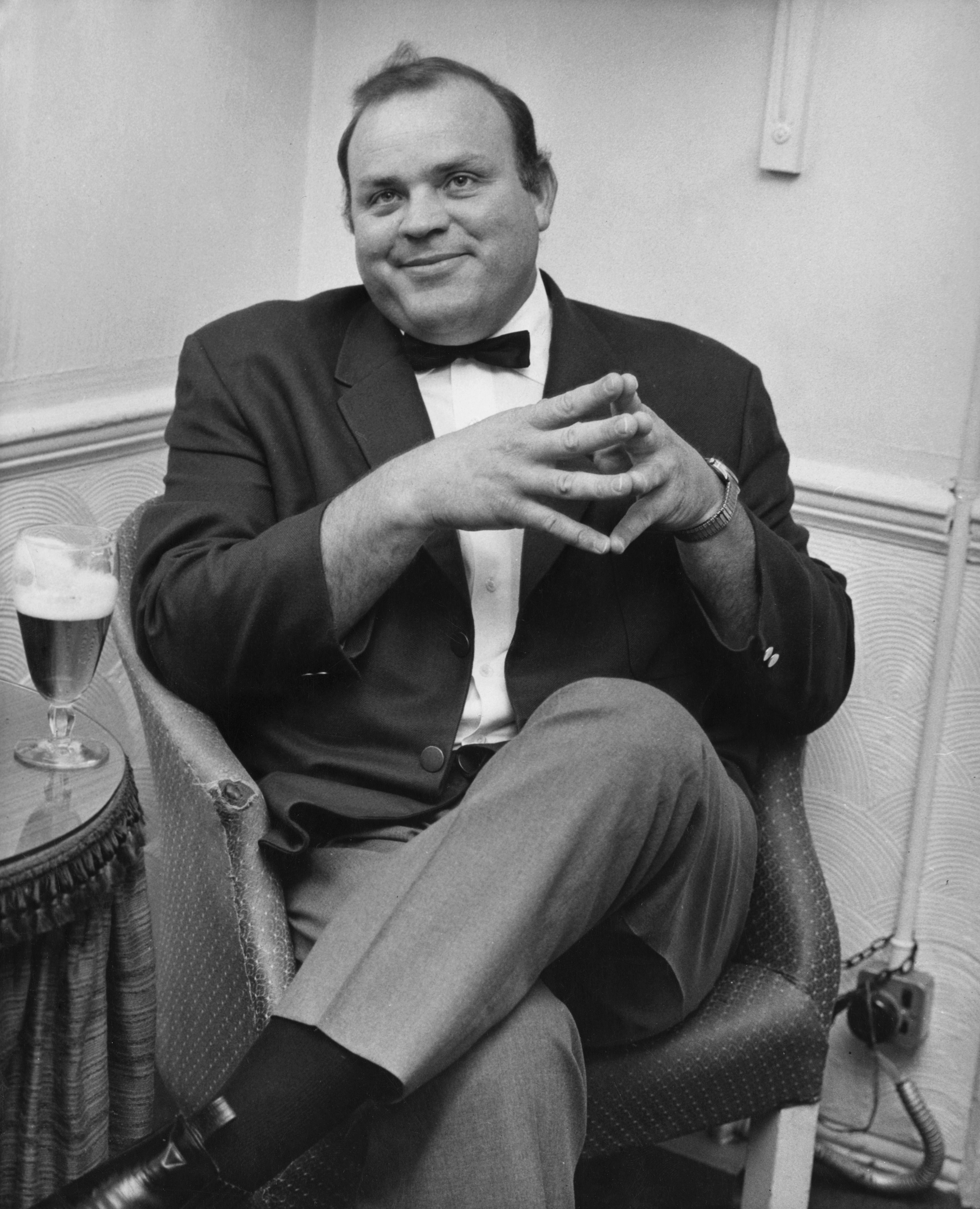 Dan Blocker in his dressing room at the London Palladium on 9th May 1966   Photo: Getty Images
