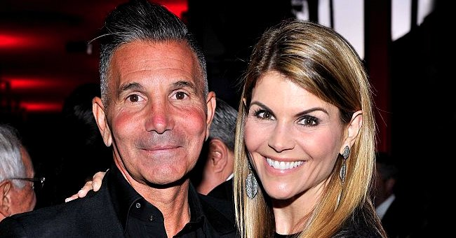People: Lori Loughlin Could Request House Arrest or Suspended Sentence Amid COVID-19 Crisis