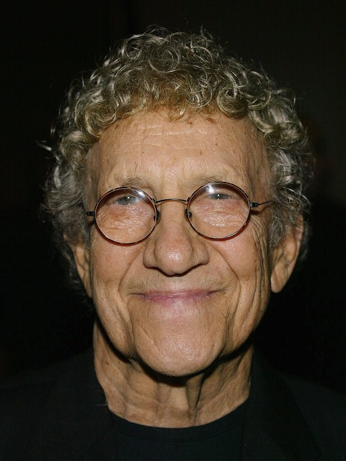 Sammy Shore at the Century Plaza Hotel on October 19, 2004 in Los Angeles, California | Source: Getty Images/Global Images Ukraine
