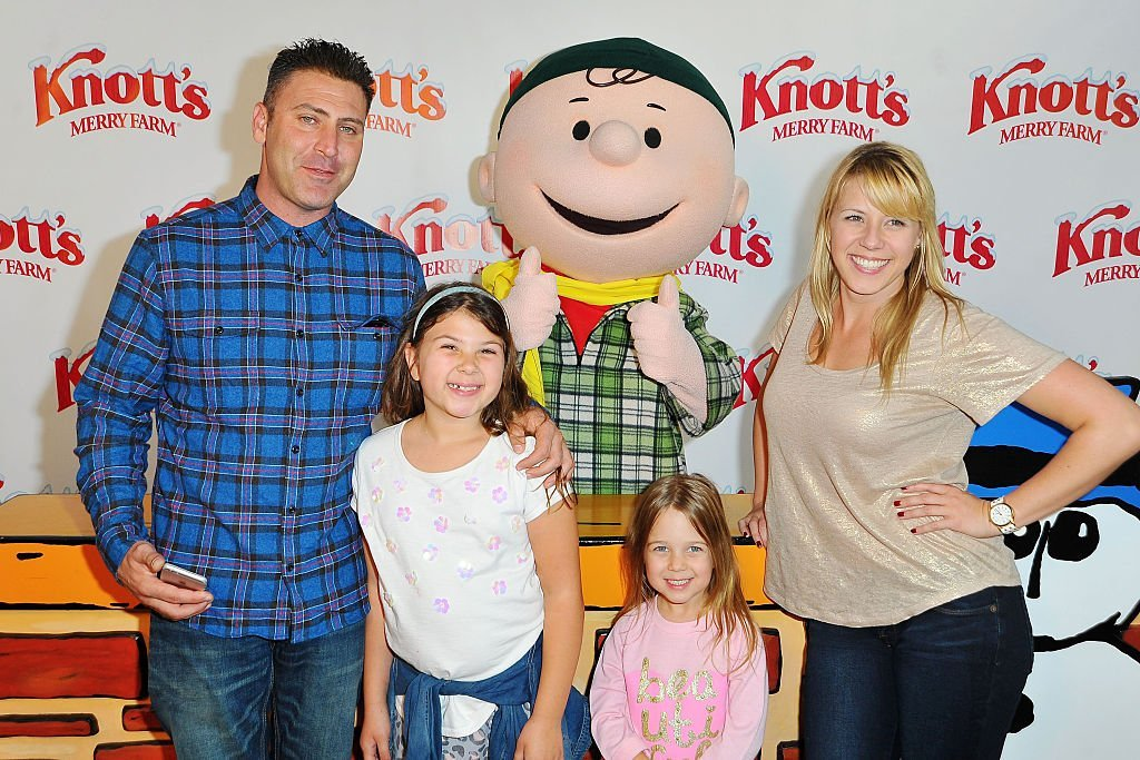 Justin Hodak, Beatrix Sweetin-Coyle, Zoie Herpin and Jodie Sweetin at Knott's Merry Farm Countdown to Christmas | Getty Images
