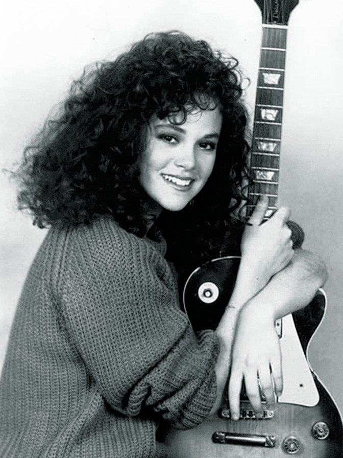 Promotional photo of Rebecca Schaeffer circa 1987 | Photo: Wikimedia Commons Images