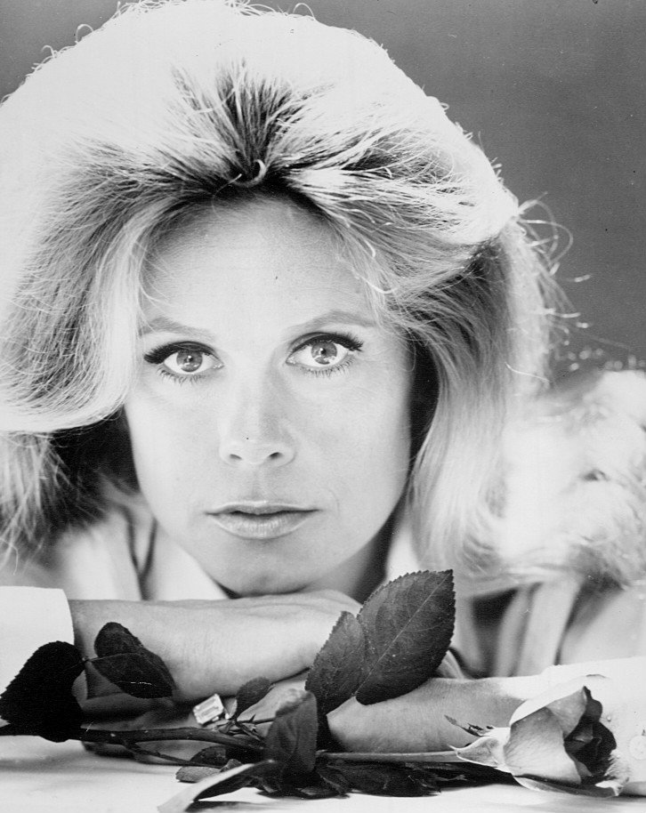 "Headshot of Elizabeth Montgomery from ""Bewitched"" circa 1971 