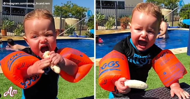 Une mère est qualifiée d'horrible parent après avoir partagé une vidéo de son petit garçon qui essaie de manger une banane