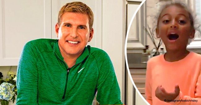 Todd Chrisley's biracial granddaughter melts hearts with her reaction to pulling out her 1st tooth