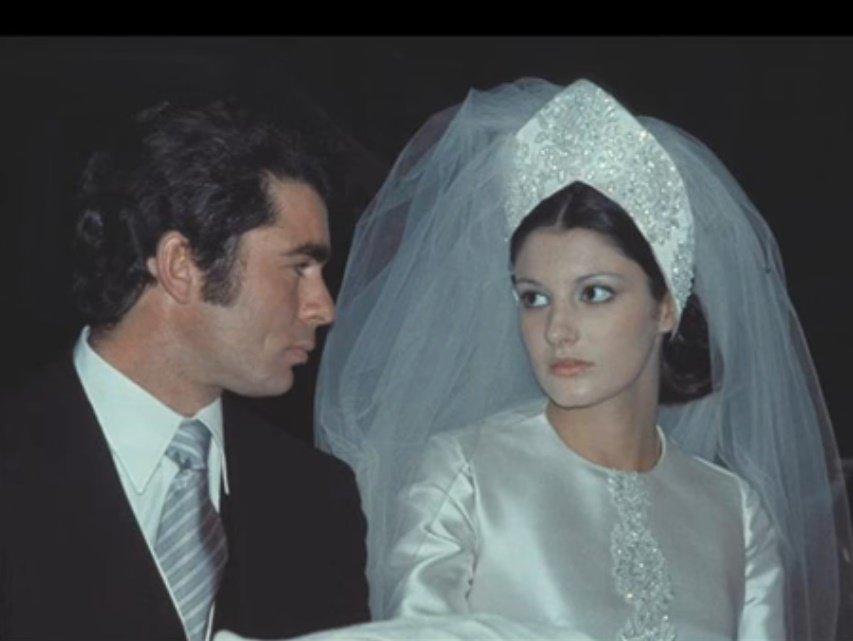 Carmina en su boda con Francisco Rivera. | Foto: YouTube/EscarlataOhara