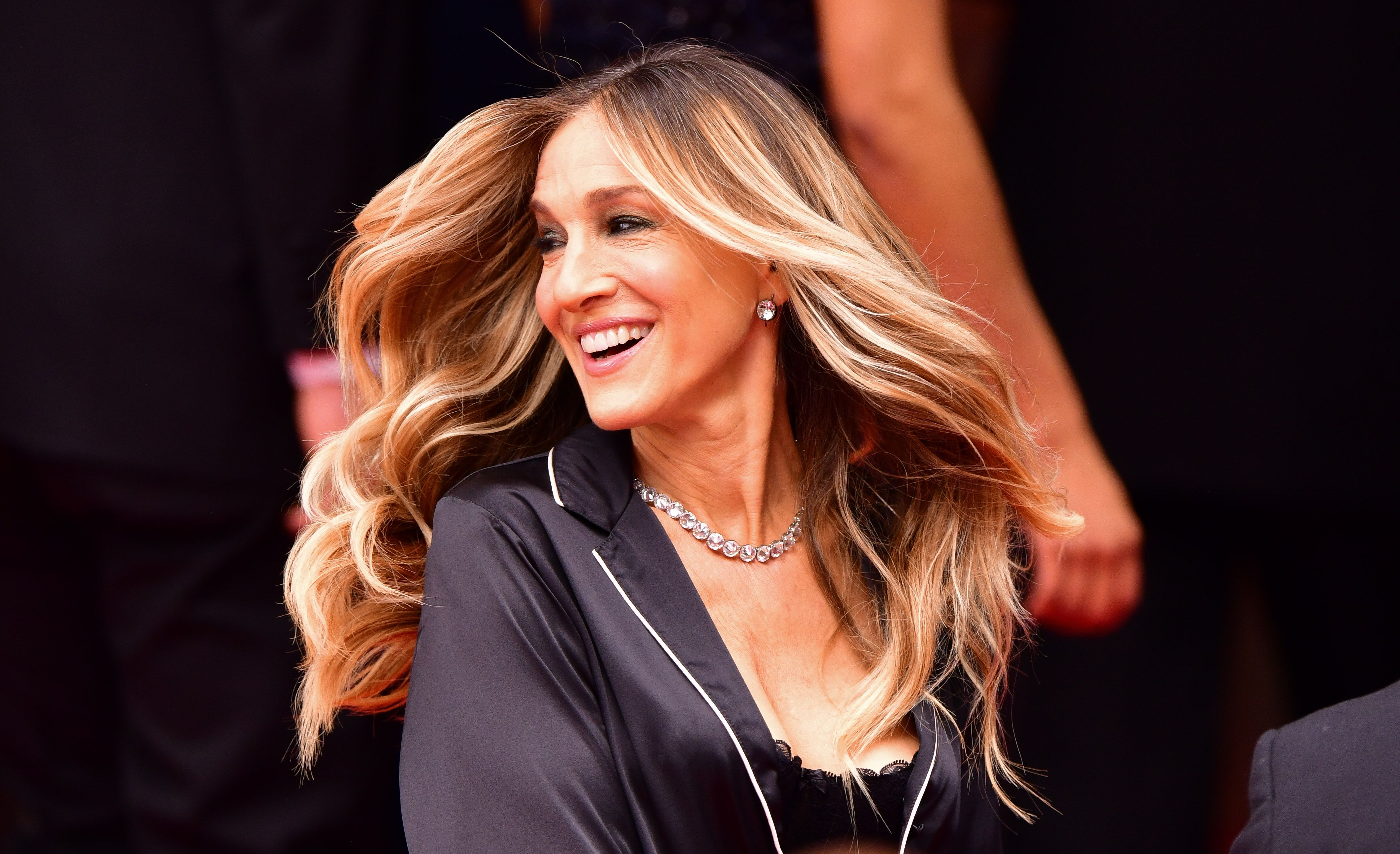 Sarah Jessica Parker seen filming a commercial in Manhattan for Italian lingerie brand Intimissimi on June 5, 2018 | Photo: Getty Images