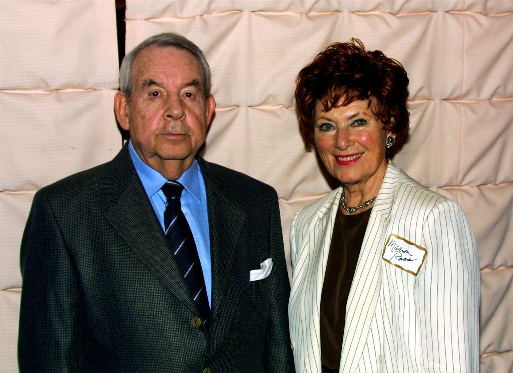 Tom Bosley and Marion Ross at the Pacific Pioneers Broadcast event on November 21, 2003 | Source: Getty Images