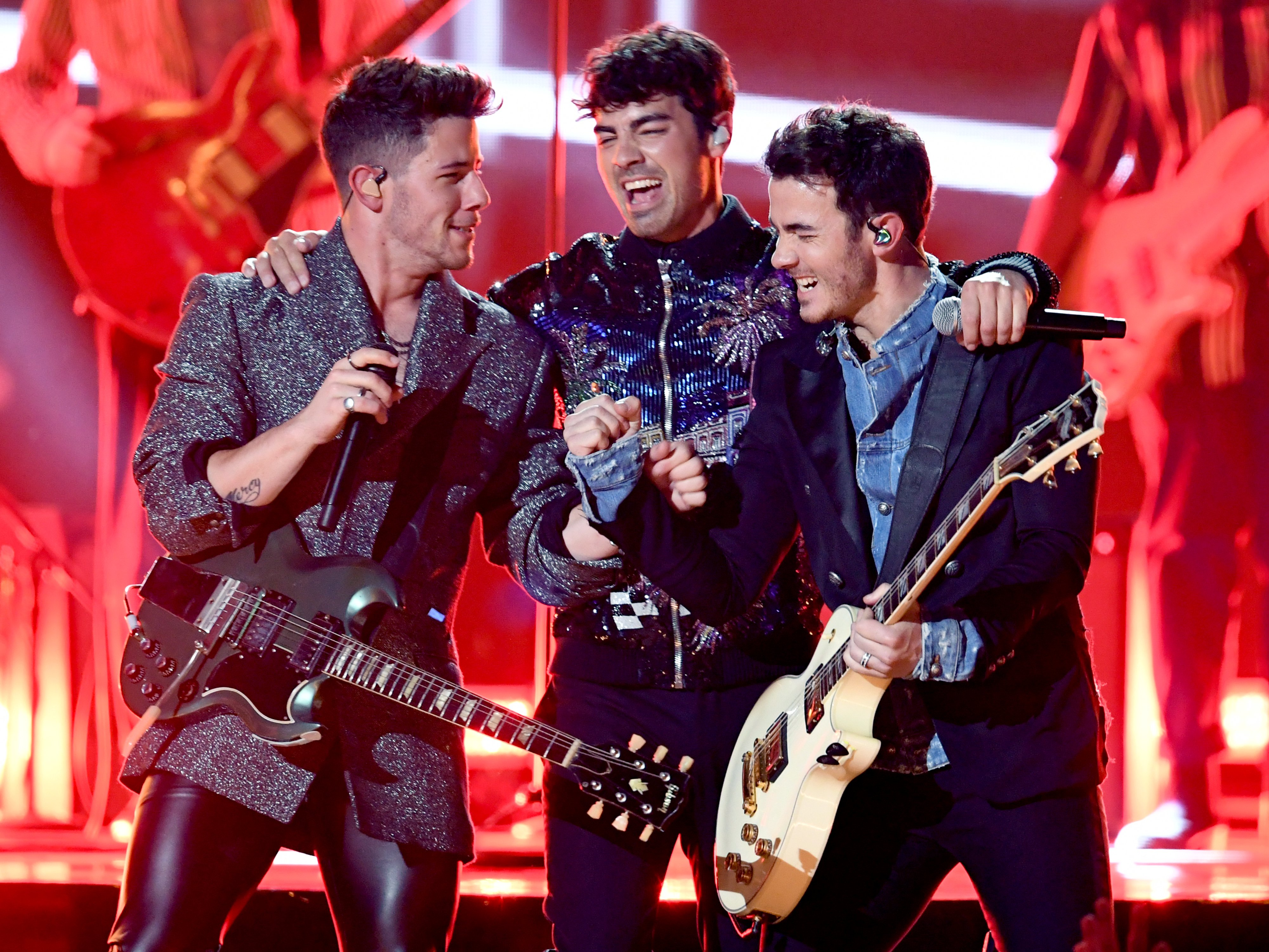 Nick Jonas, Joe Jonas, and Kevin Jonas of Jonas Brothers perform onstage during the 2019 Billboard Music Awards at MGM Grand Garden Arena on May 01, 2019 in Las Vegas, Nevada | Photo: Getty Images