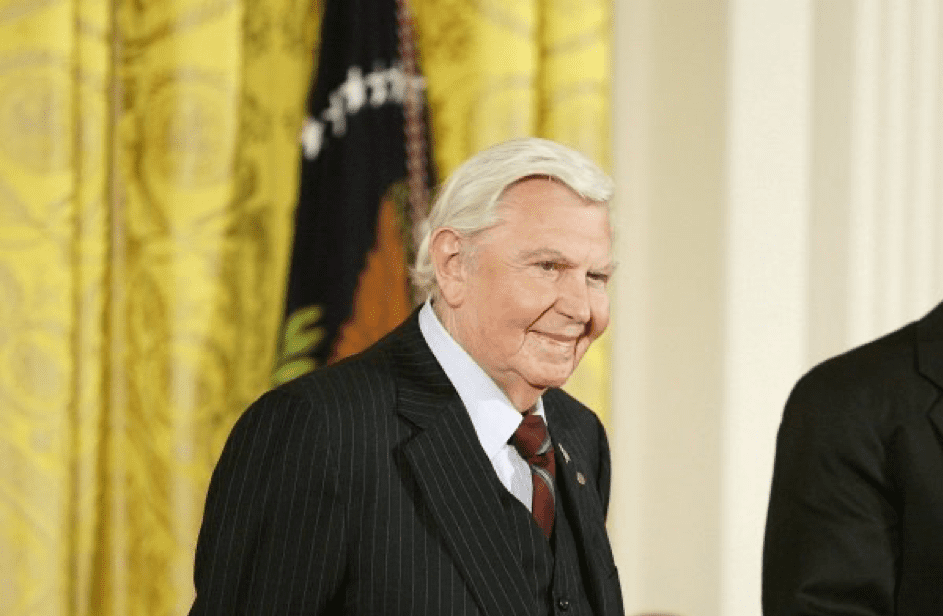 Andy Griffith am White House in Washington D.C. am 9.11.2005. | Quelle: Getty Images