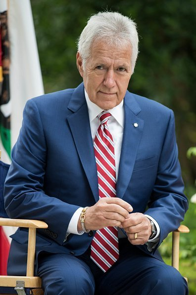 Alex Trebek at the 150th anniversary of Canada's Confederation in Los Angeles, California. | Photo: Getty Images