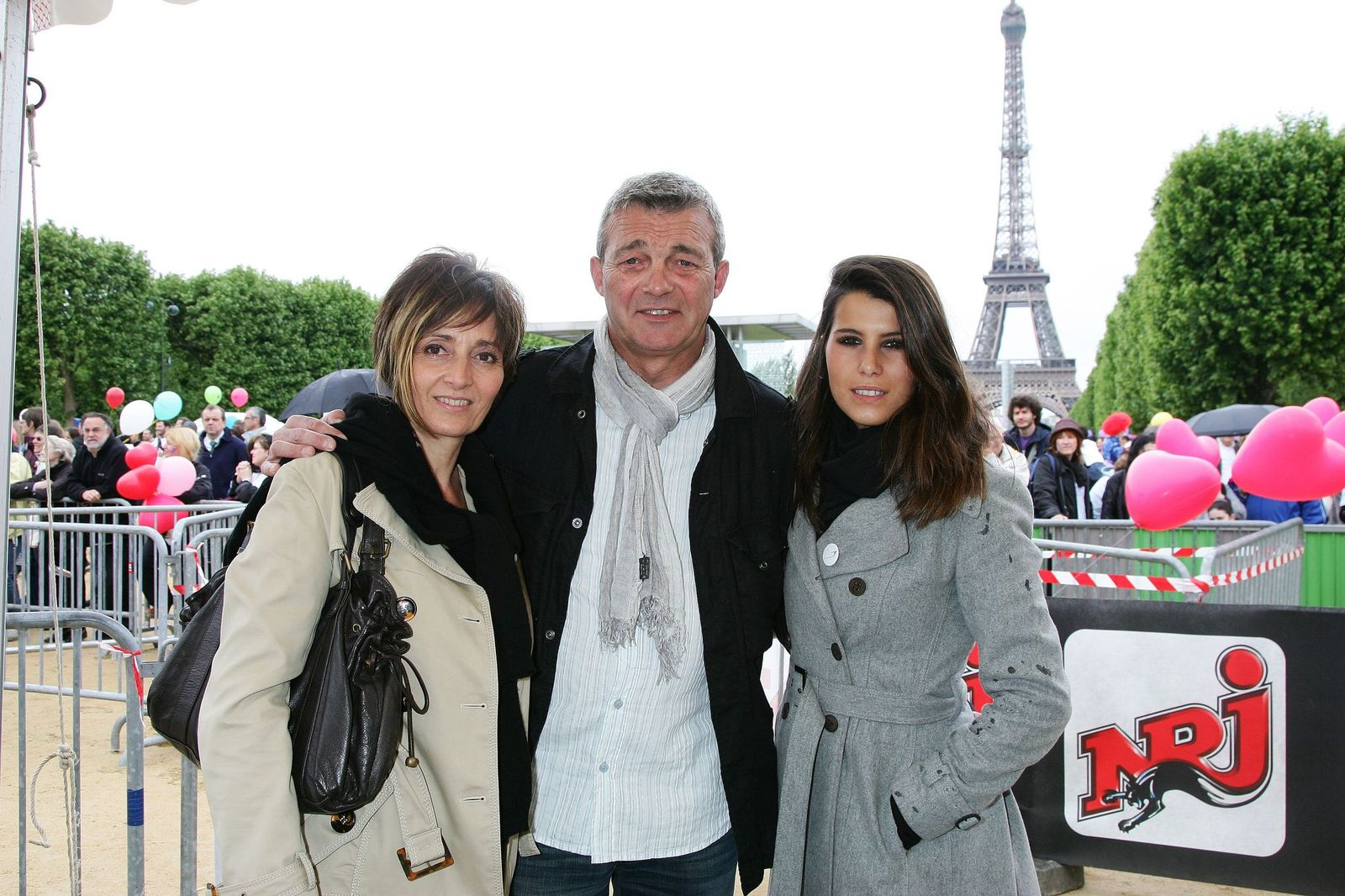 Laurence Lemarchal, Pierre Lemarchal et Karine Ferri | Photo : Getty Images