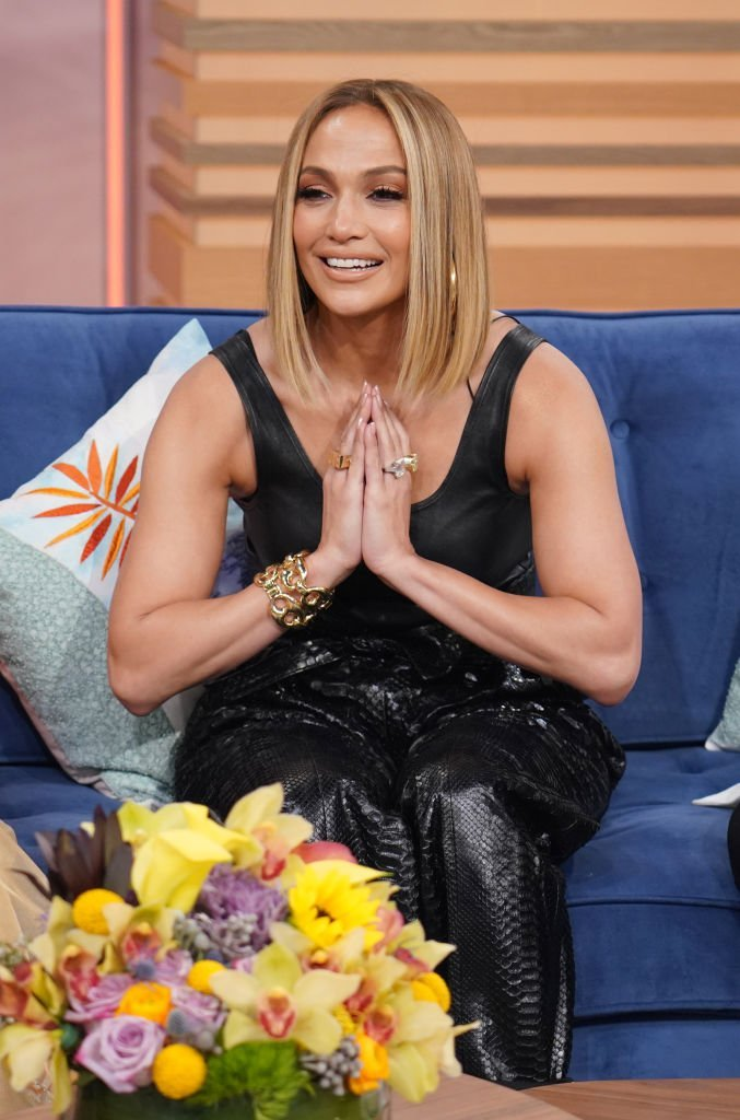 """Jennifer Lopez is seen on the set of """"Despierta America"""" at Univision Studios to promote the film """"Hustlers"""" 