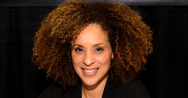 Karyn Parsons from 'Fresh Prince of Bel-Air' Is Now 53 and Has 2 Look-Alike Grown Children