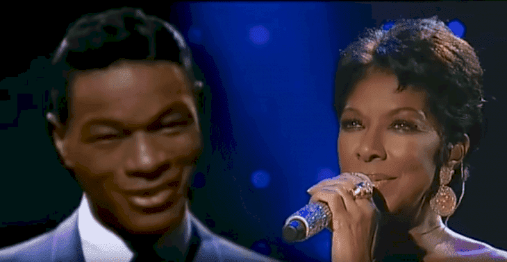 Natalie Cole paying tribute to her late father, Nat King Cole, in a 1992 concert | Source: YouTube/car2929