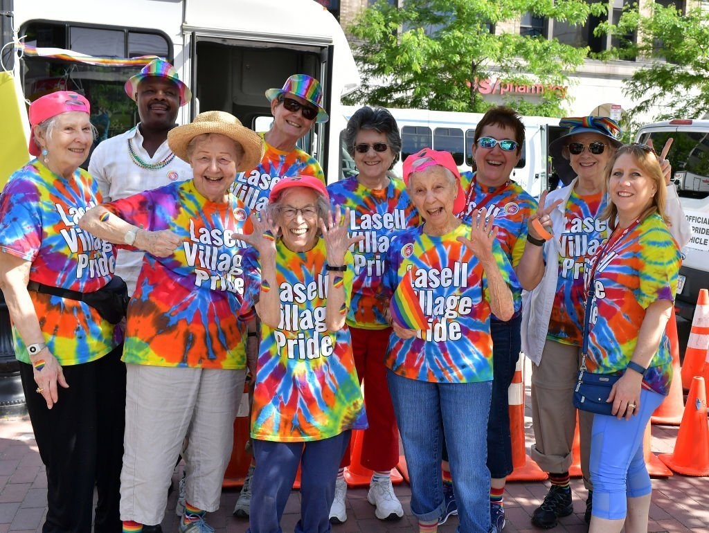 Members of the LGBT Senior Coalition take part in the 48th annual Boston Pride Parade | Photo: Getty Images