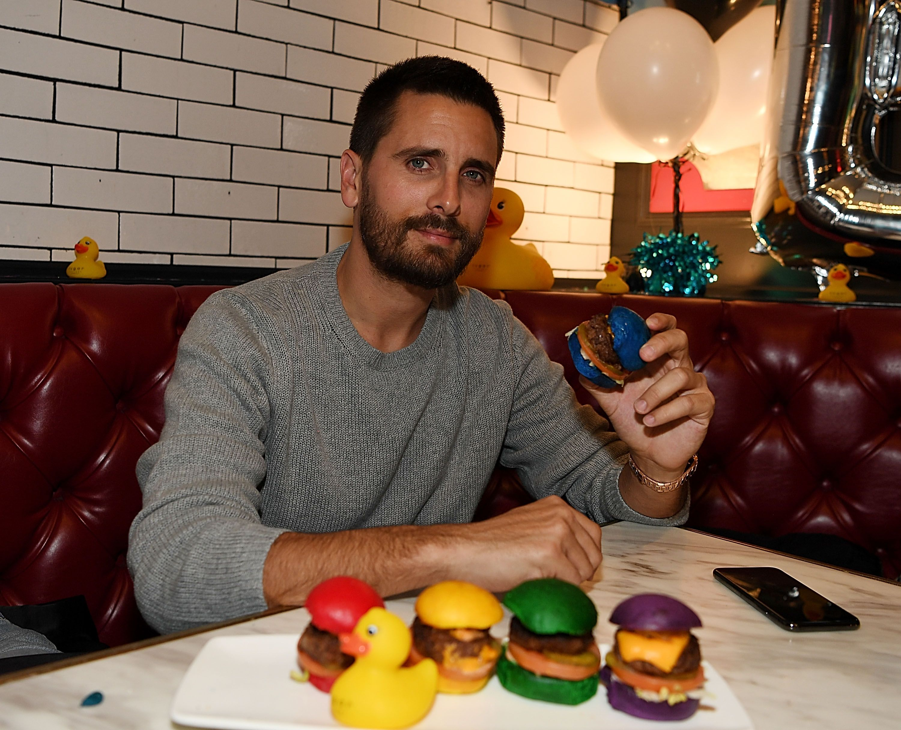 Scott Disick dines at Sugar Factory American Brasserie at Fashion Show Mall on January 4, 2019, in Las Vegas, Nevada | Photo: Denise Truscello/WireImage/Getty Images
