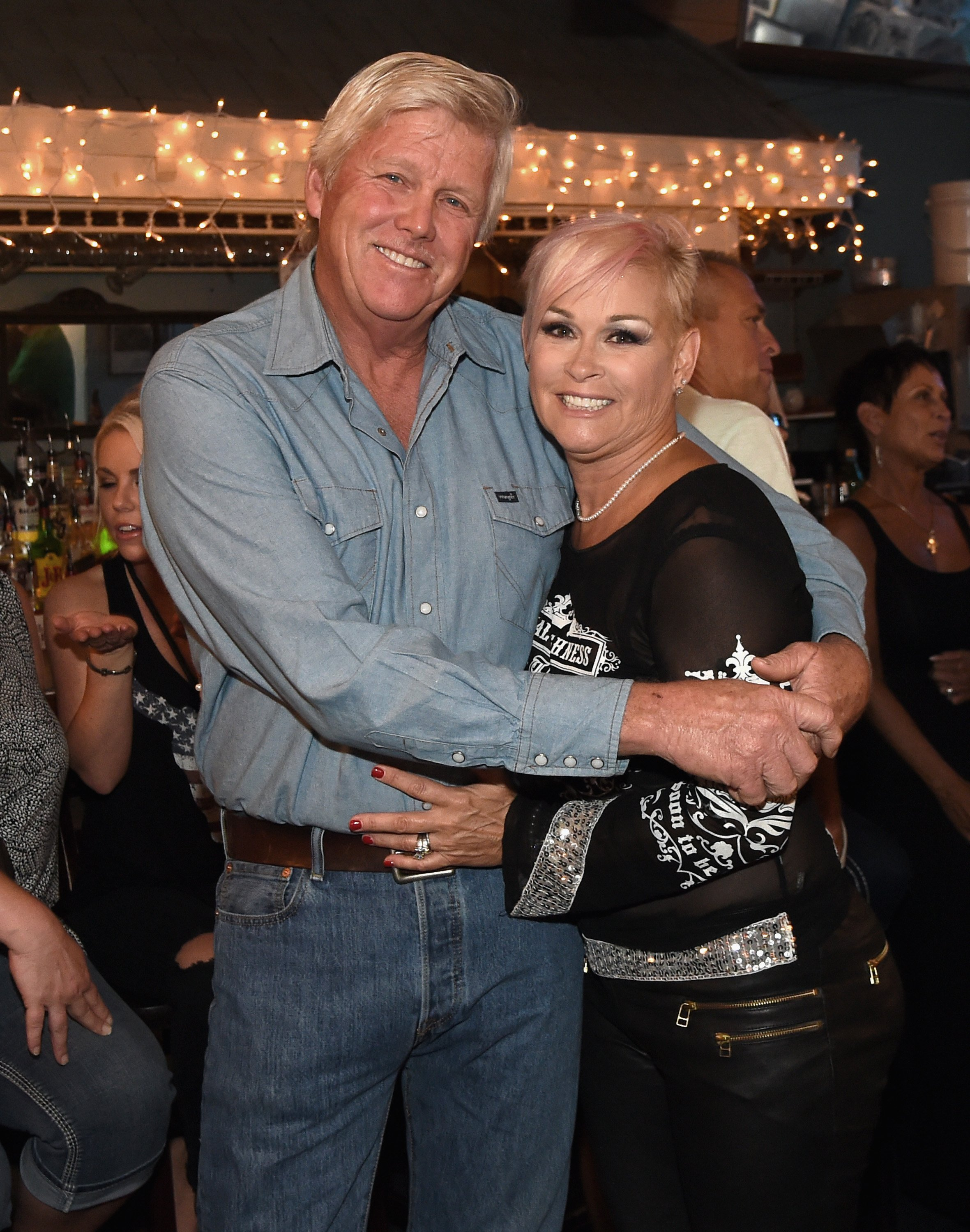 """Lorrie Morgan and Randy White at """"An Intimate Night With The Morgans"""" concert, August 2017 