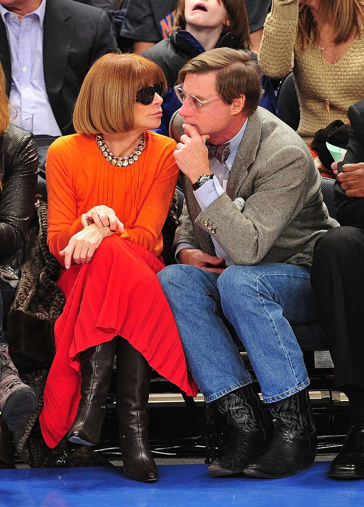 Anna Wintour und Shelby Bryan besuchen die Chicago Bulls gegen New York Knicks im Madison Square Garden in New York City. (Foto von James Devaney / WireImage) I Quelle: Getty Images