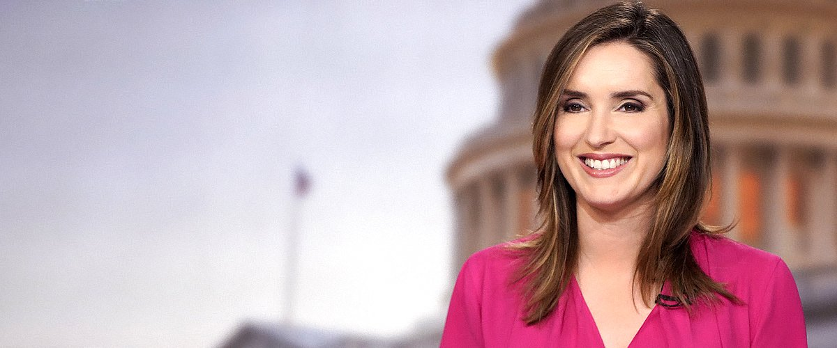 Margaret Brennan talks to affiliates from Washington, D.C. on Friday, February 23, 2018 | Photo: Getty Images